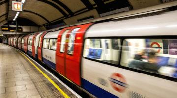 England_Trains_Underground_Motion_Underground_519887_1600x1200